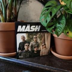 Maesh-Having-a-Ball10