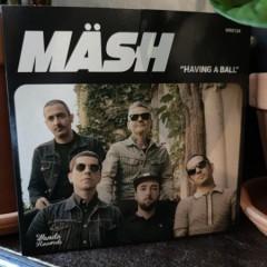Maesh-Having-a-Ball3
