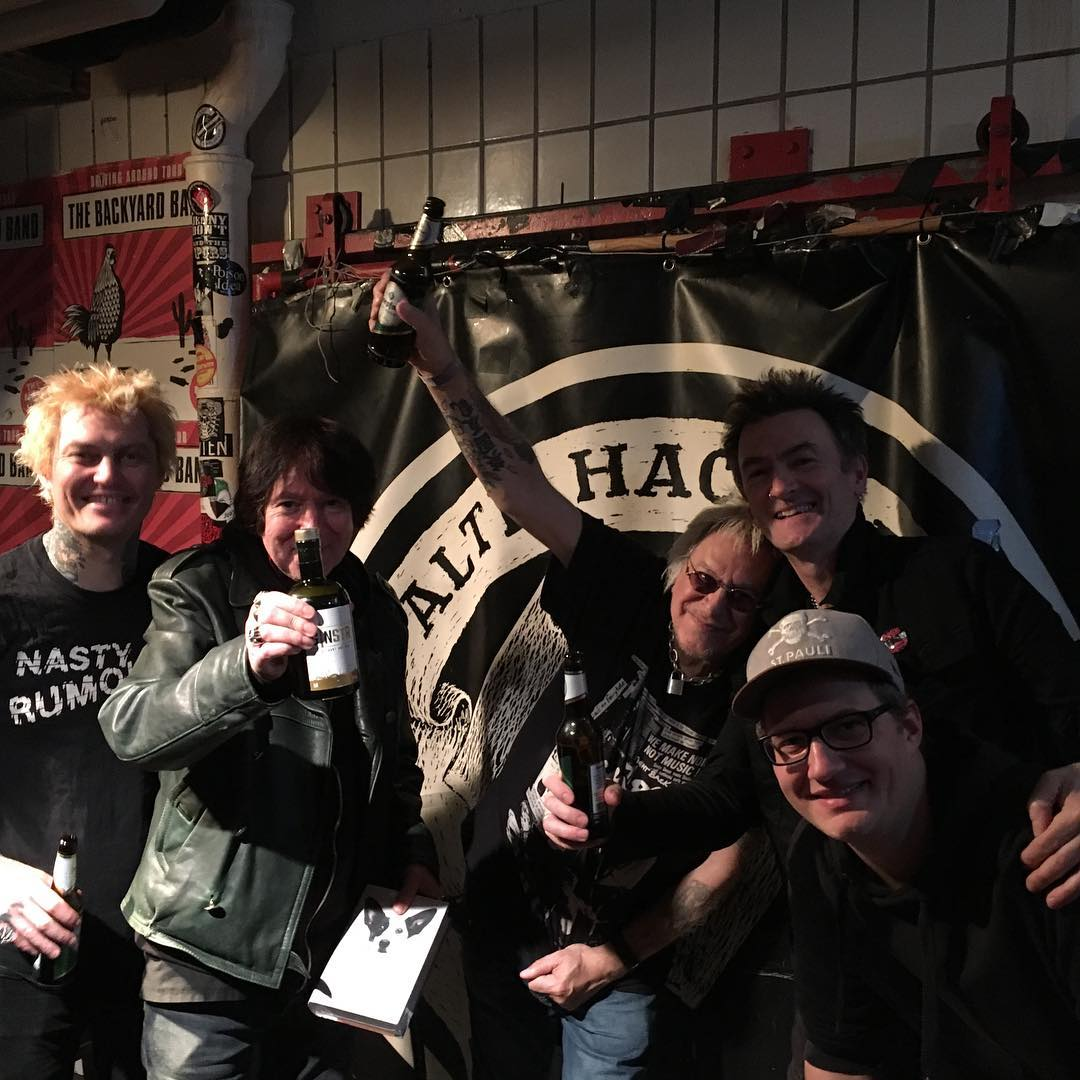 UK Subs + Backyard Band @Alte Hackerei Karlsruhe 04.02.2019 1