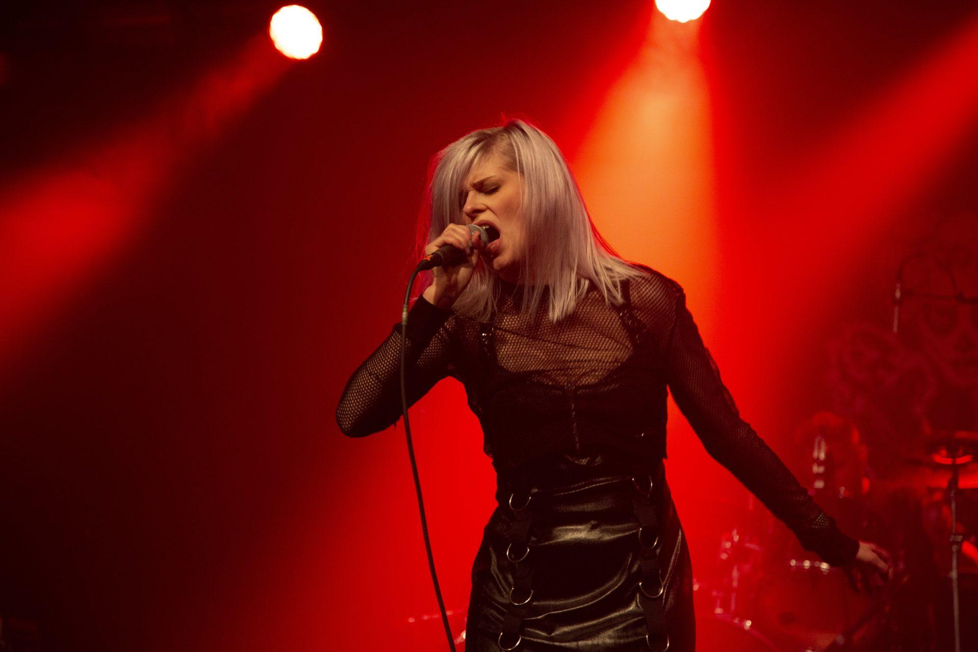 Frauen im Musikbusiness - Celina von THE BLOODSTRINGS 1