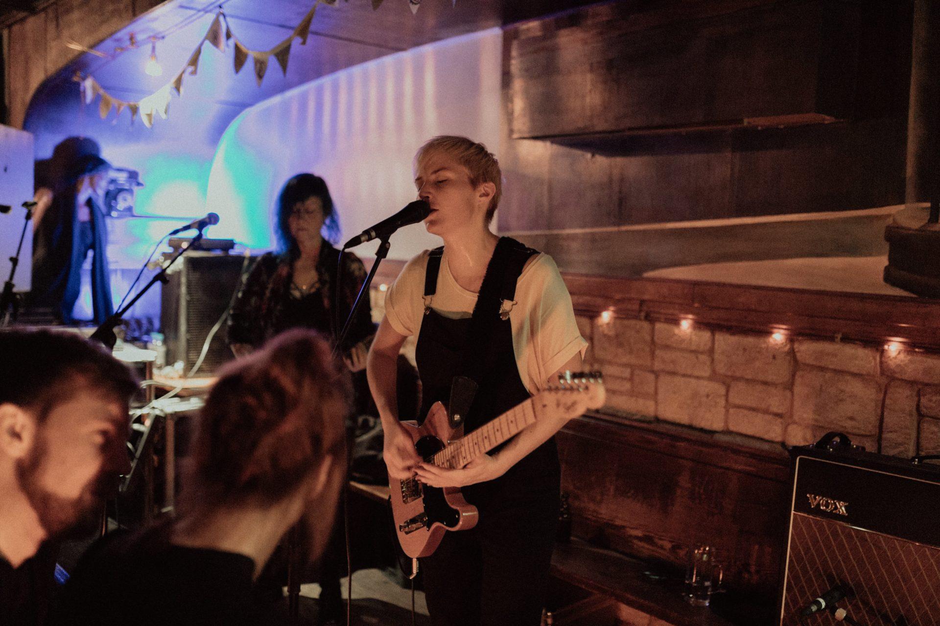 Frauen im Musikbusiness - Nine von MOLLY PUNCH 2