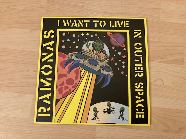 Ramonas - I want to live in outer Space 1