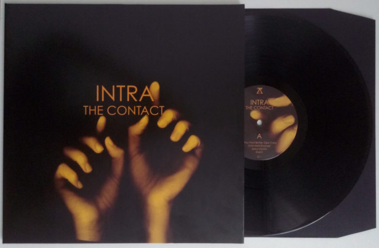 INTRA - The Contact 1