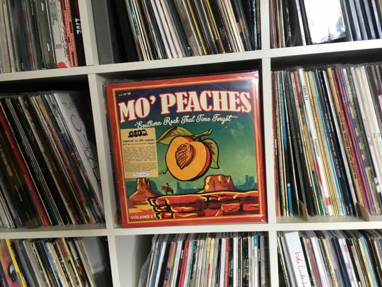 Mo' Peaches Volume 1 - Sampler 1