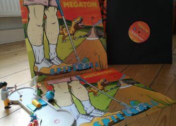 Megaton - Spielball 3