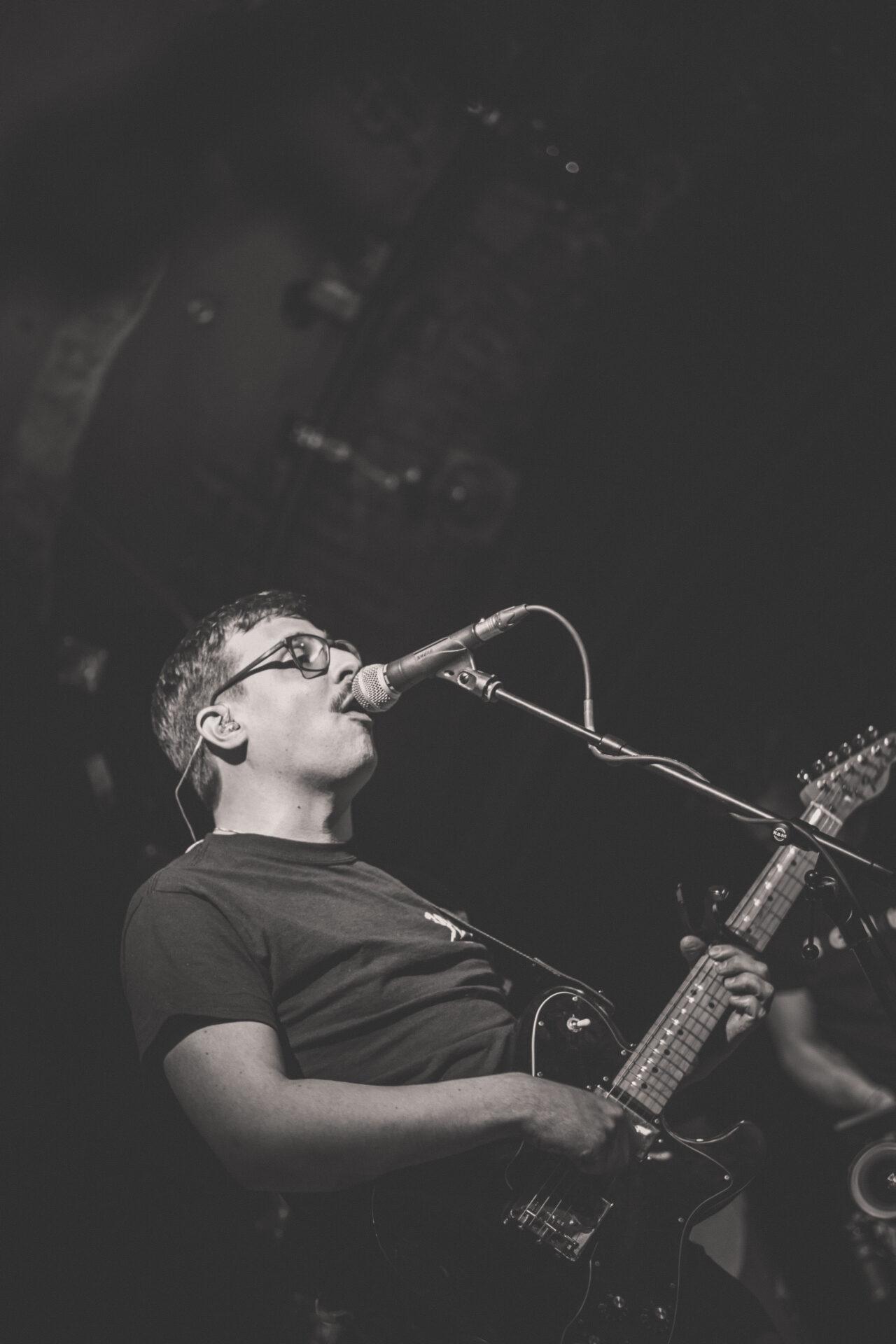 Musik trifft Literatur #15- Interview mit Thomas Mulitzer von Glue Crew 2