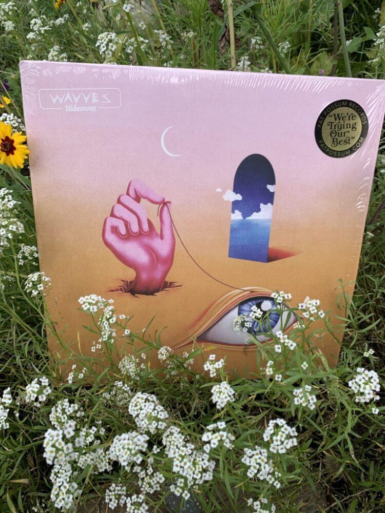 Wavves - Hideaway 1